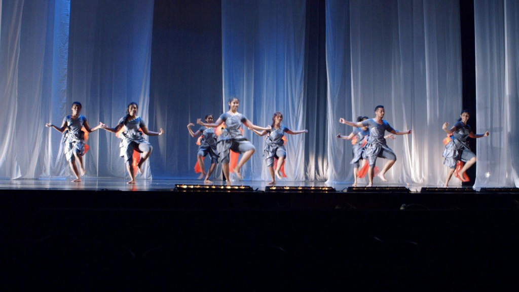 RETURNING, a dance commission from the Singapore International Festival of Arts 2015